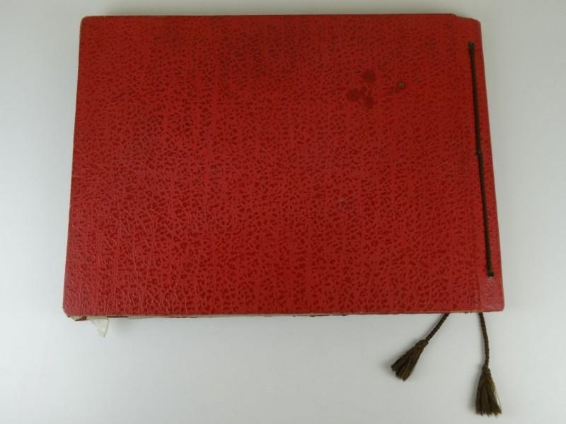 privé fotoalbum kerstkribbe aan kerk  O.L.V. van Hanswijk 1954  1955