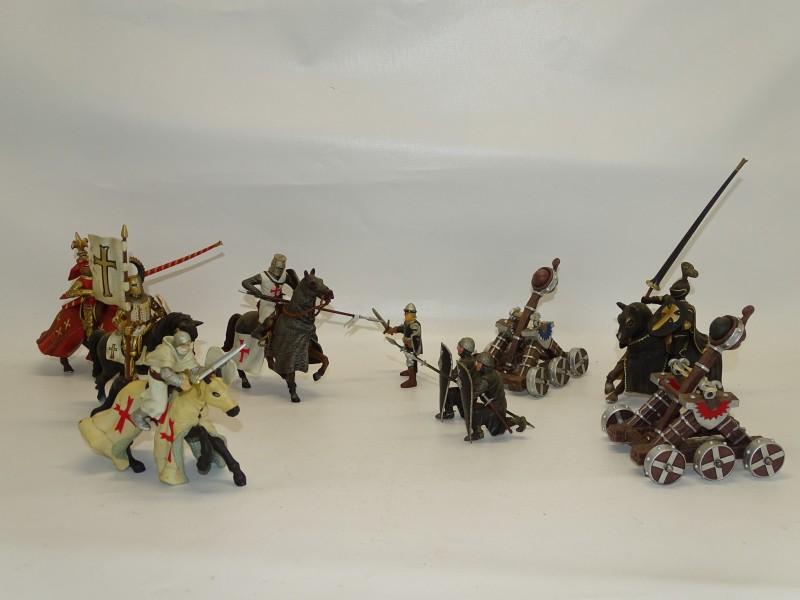 Lot Decoratief Speelgoed, Middeleeuwen, Eind Jaren 90