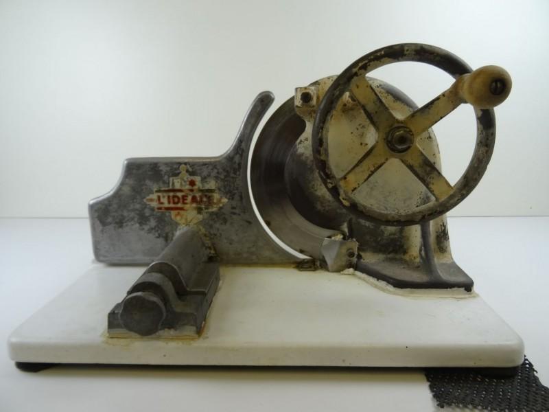 Vintage ijzeren Vleessnijmachine manueel 1950