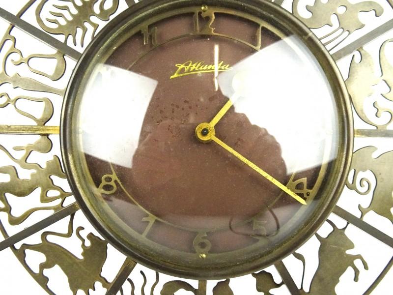 Vintage klok Atlanta