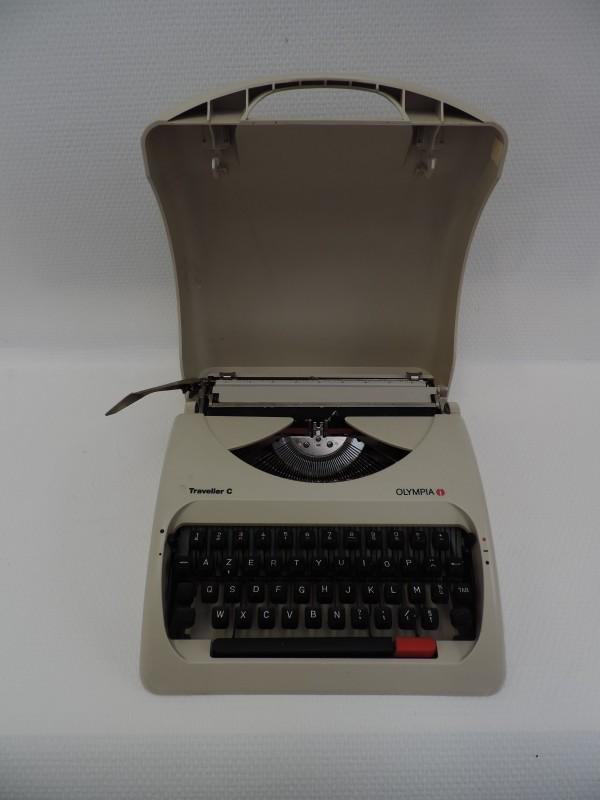 Olympia Retro Typemachine