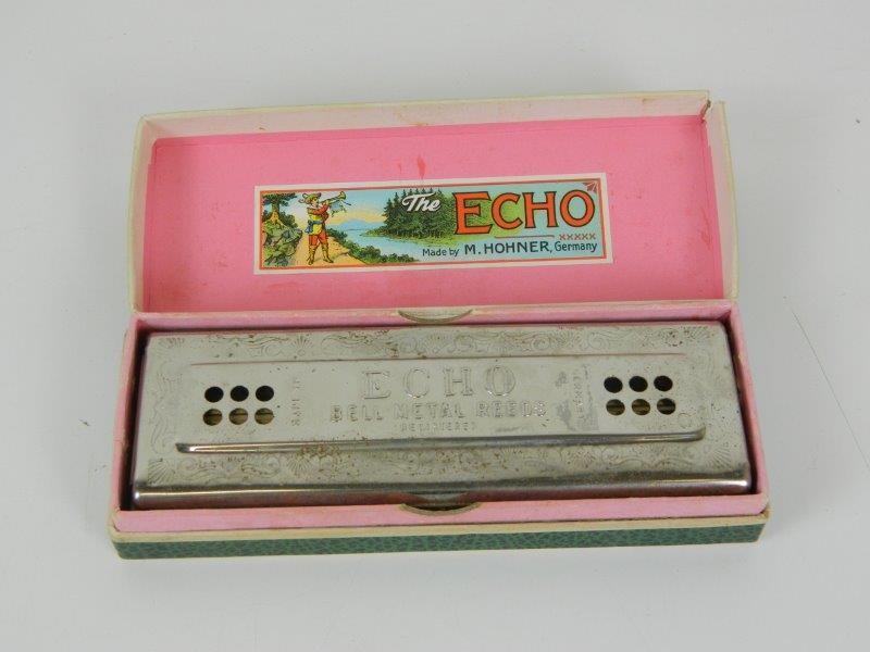 The echo harp - harmonica