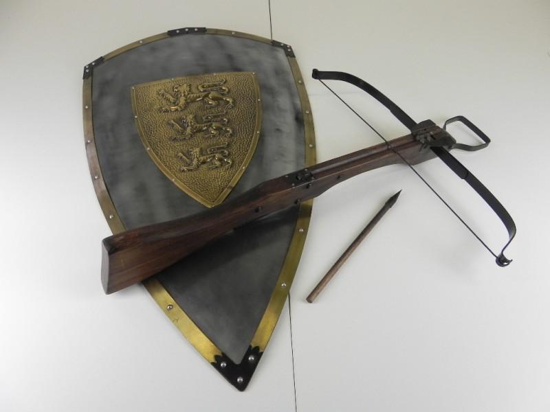 LARP middeleeuws Kruisboog & Schild