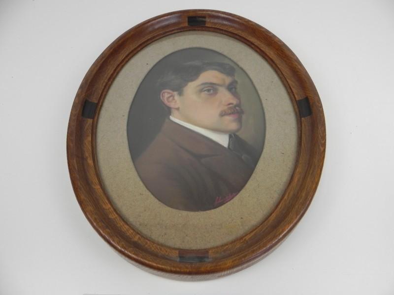 schilderij portret van een man , gesigneerd