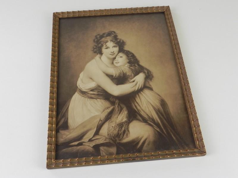 Kunstige foto van moeder en dochter begin 20e eeuw