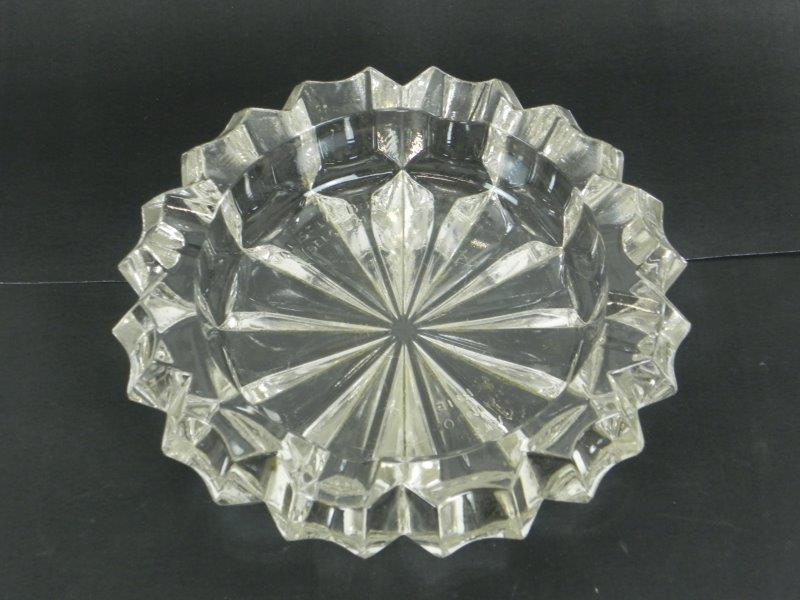Kristallen asbak van Val St. Lambert