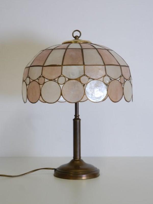 Mooie lamp met zware metalen voet