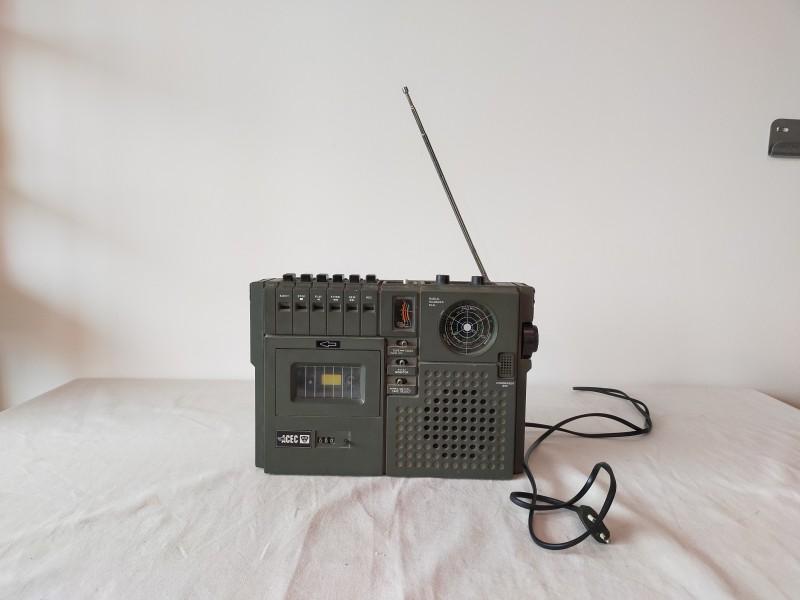 ACEC radio