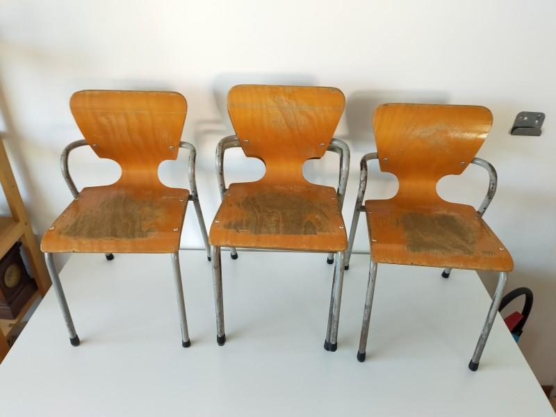 Antieke school stoelen