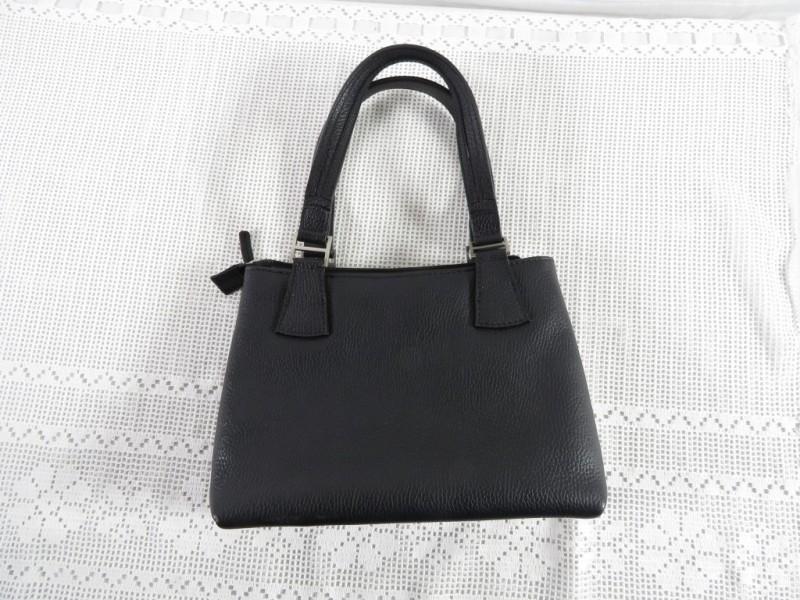 Zwarte handtas gemerkt Crinckles