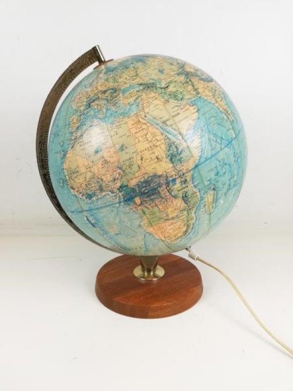 Vintage wereldbol lamp