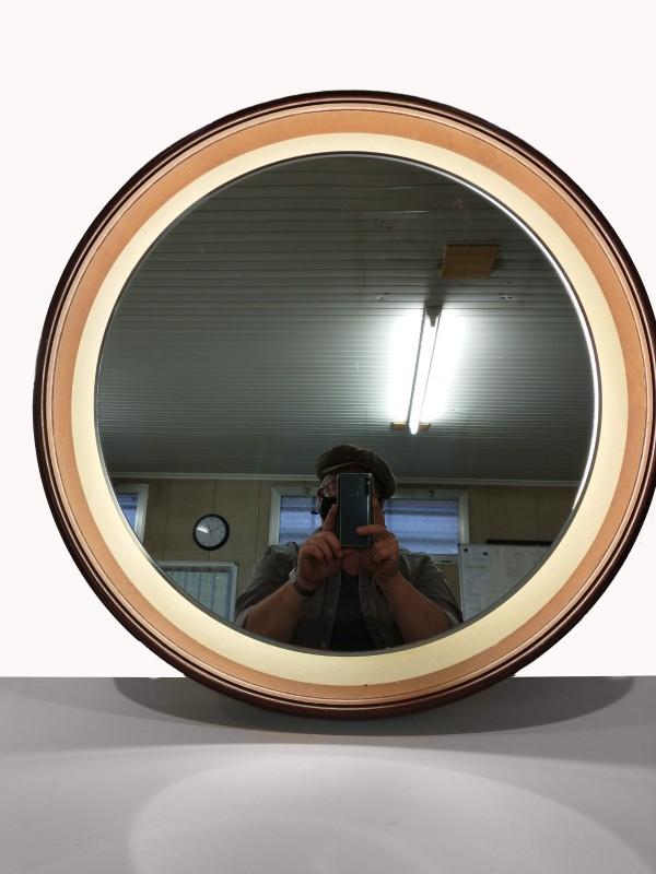 Scandinavische vintage spiegel met verlichting