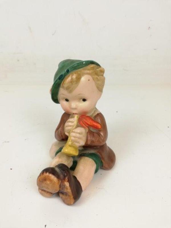 Hummel beeldje - jongen met fluit