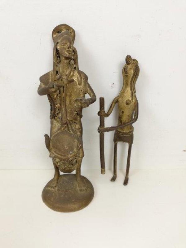 Bronzen beeldjes primitief