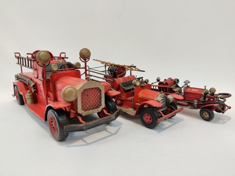 3 brandweer auto's