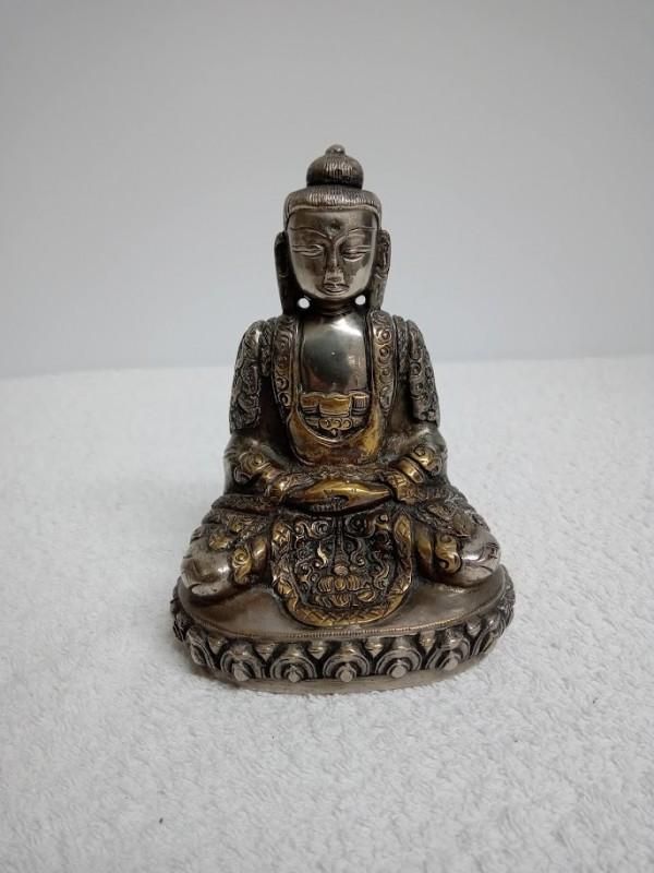 Boeddhistisch beeldje
