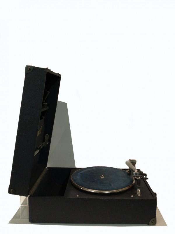 Vintage portable platenspeler, gemerkt: Innophone