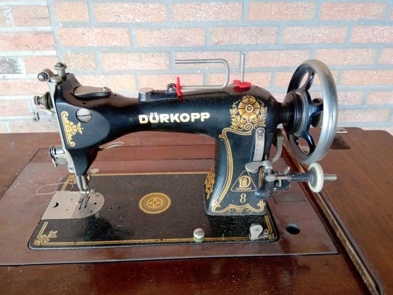 Oude naaimachine Durkopp