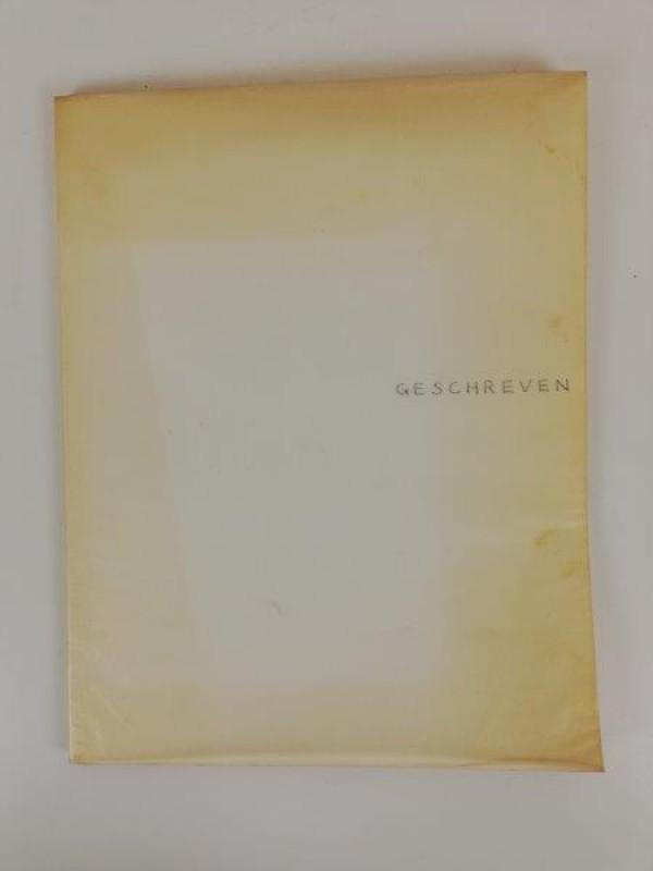 Boek 'Geschreven en gedrukt' uit 1977