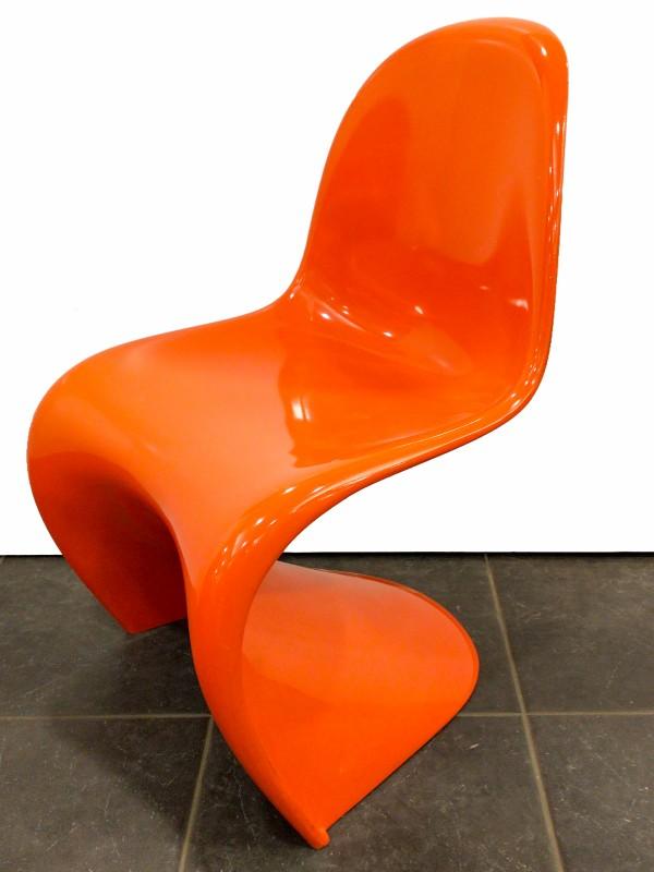 Set van 3  PANTON  S chairs van Deense designer: Verner Panton voor: Herman Miller