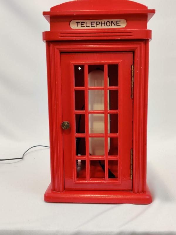Telefoon in engelse telefooncel