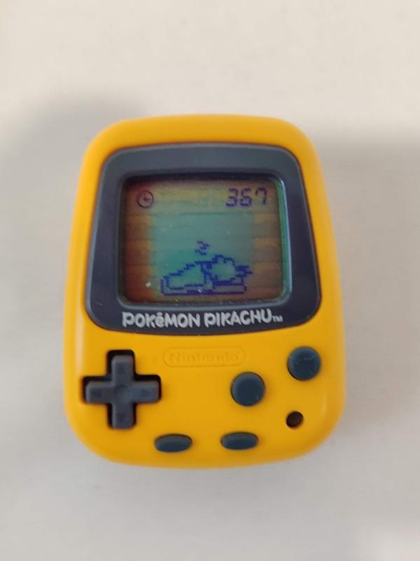 Pokémon Nintendo Pocket Pikachu Tamagotchi en stappenteller
