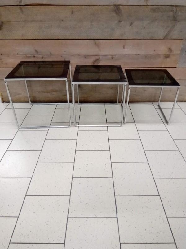 Set van 3 vintage tafeltjes