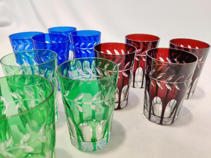 12 geslepen kristallen glazen