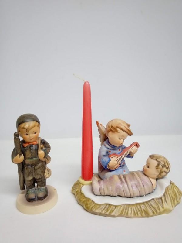 2 Hummel beeldjes : kersttafereel en jongetje met ladder