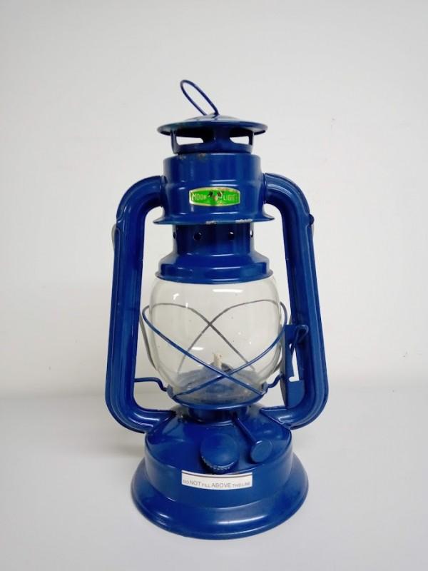 blauwe olielamp