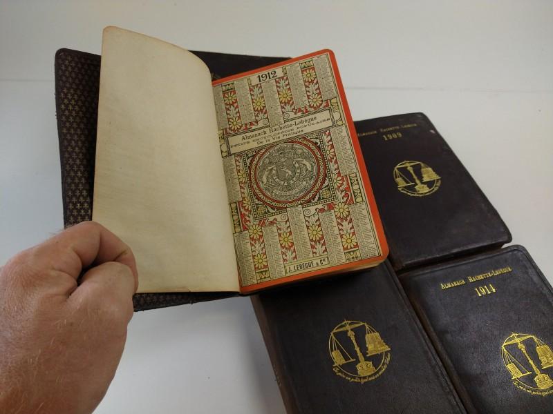 Almanach Hachette Lebegue 8 jaargangen