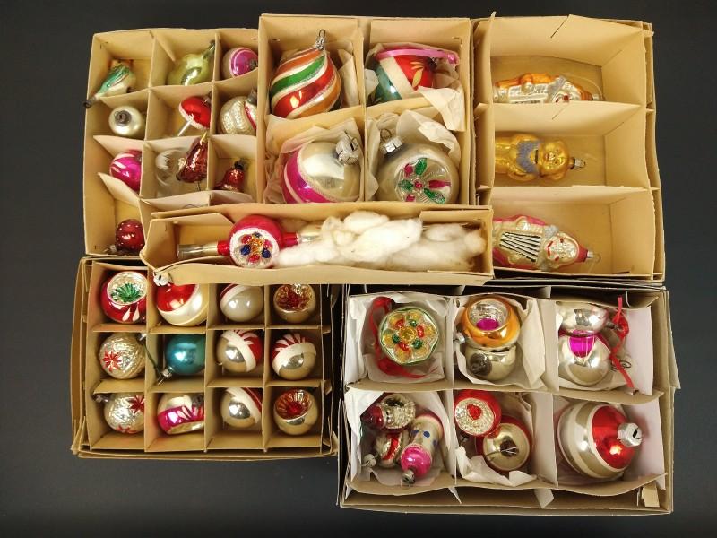 lot oude kerstballen allerlei (1)