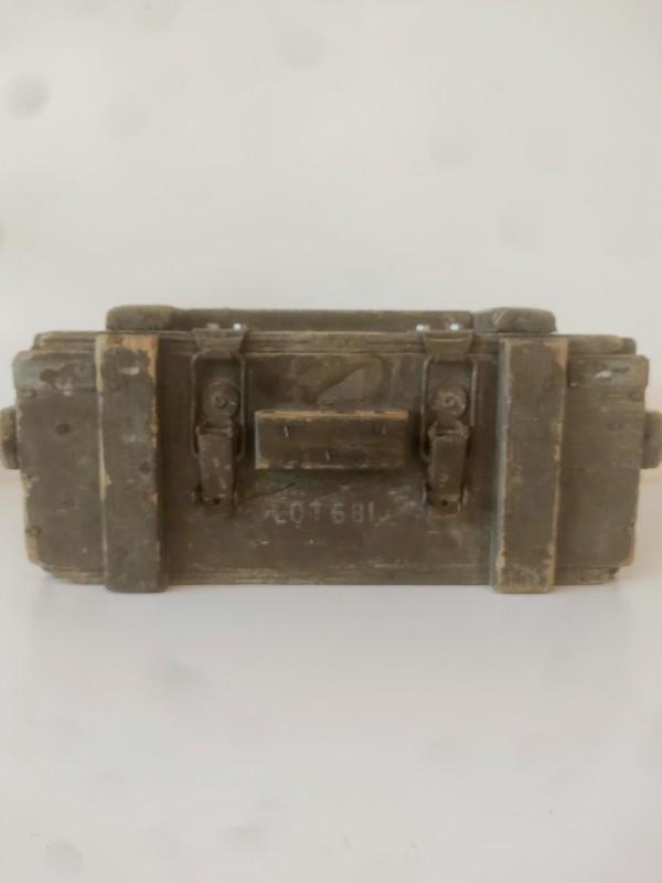 houten kist voor granaten.