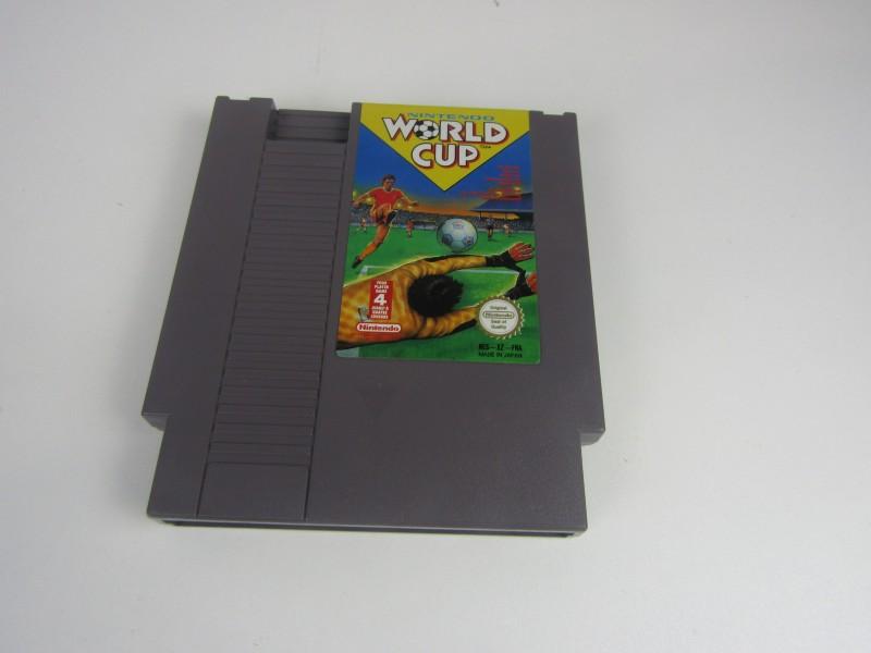 Nintendo Game (NES) , World Cup, 1985