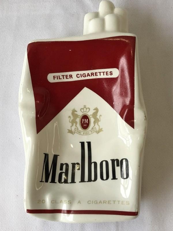 Porseleinen asbak - Marlboro