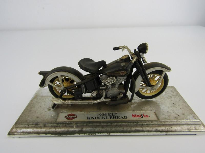 Schaalmodel: Harley Davidson 1936 El Knuckelhead, Maisto
