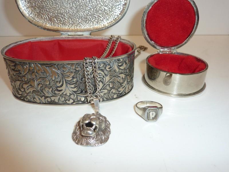 Duo juwelendoosje in zilvereffect met een juweel