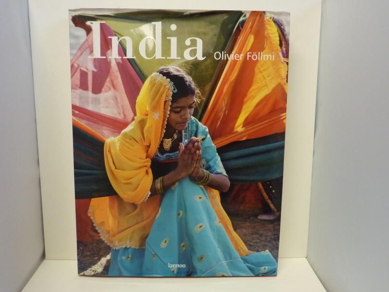 Boek over India door Oliver Föllmi