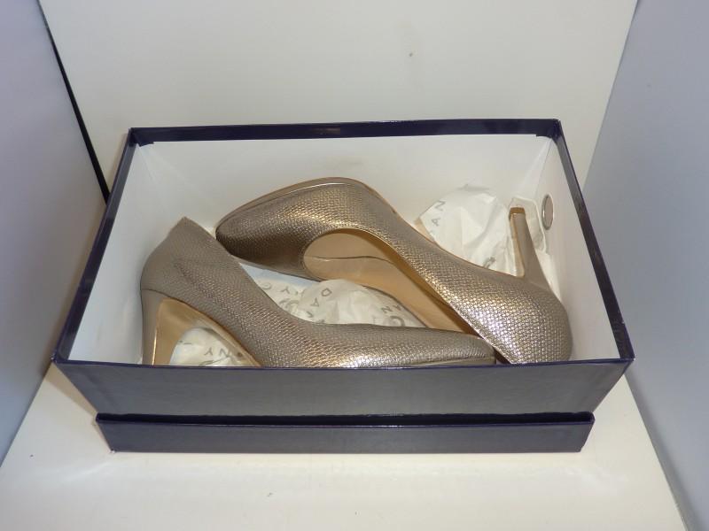 Mooi paar luxe schoenen van Dany G.