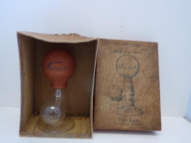 Antieke afkolfpomp in originele verpakking