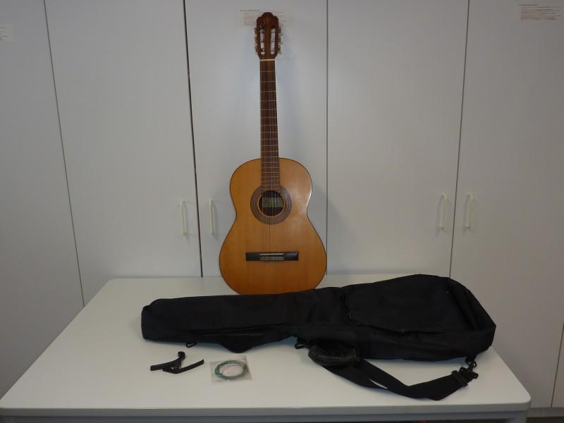 Klassieke gitaar van Musima in een draagtas