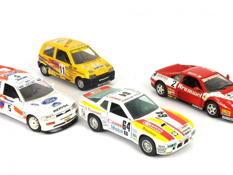 4 Burago Rally-auto's op schaal