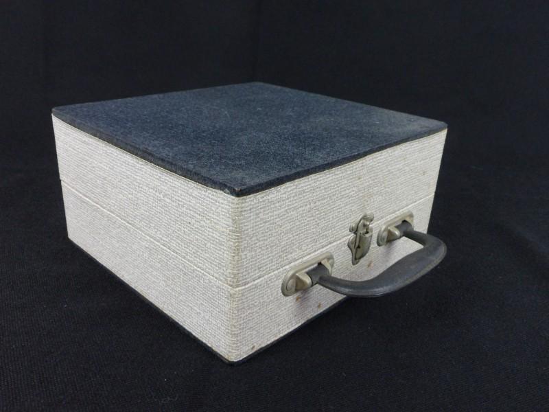 Vintage koffer voor 45-toeren platen