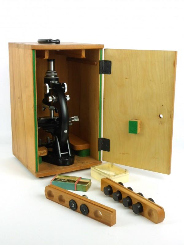 Vintage microscoop (MEOPTA)