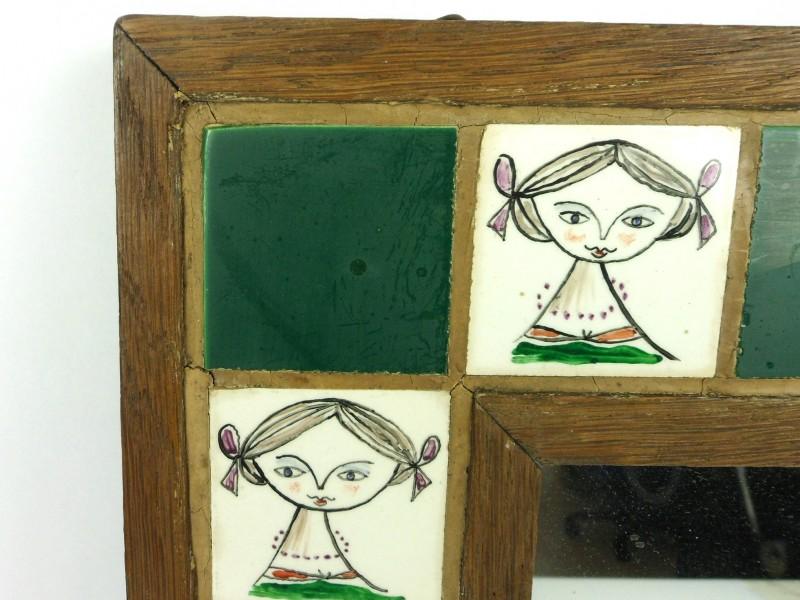 Spiegel met tegeltjes