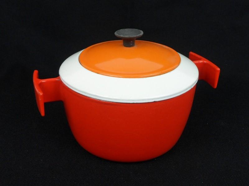 Gietijzeren fondue pot
