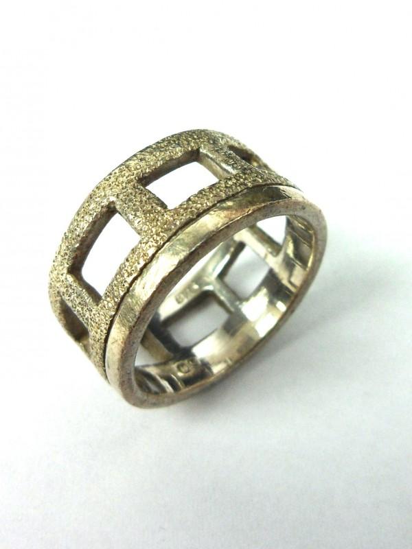 Zilveren ring A