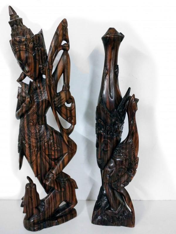 2 houten sculpturen (Azie)