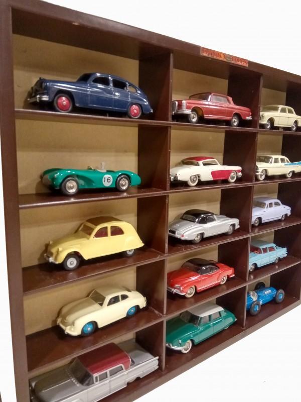 Collectie Dinky toys auto's