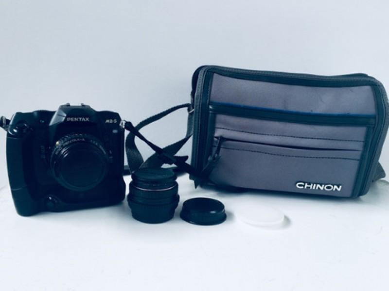 Pentax MZ-S + SMC Pentax-A 50mm F2 Lens